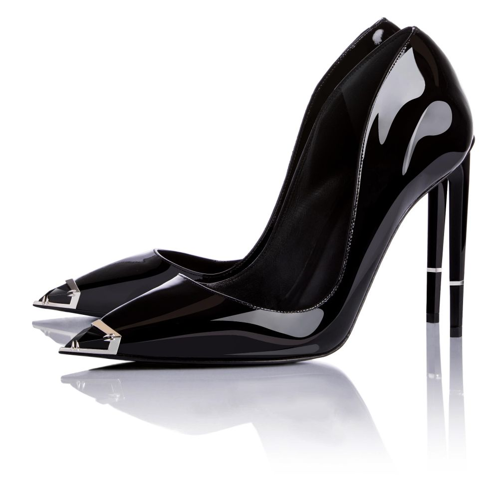 NEPHTHYS IN BLACK PATENT LEATHER
